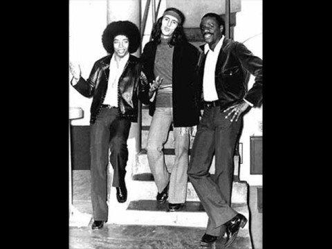 Trio Mocotó - Não Adianta