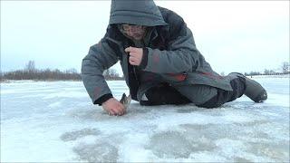Рыбалка на Рождество Ловим Щуку на жерлицы 2020г часть 1