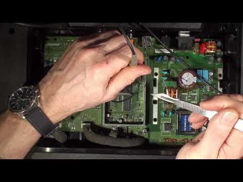 Buzzing Bose Solo TV SoundBar System Firmware Update and Diagnostics Part 2