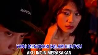 Download Lagu Deddy Dores - Bagai Lilin Kecil [OFFICIAL] mp3
