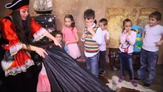 видео Конкурсы для пиратской вечеринки: сундук с идеями для ведущего