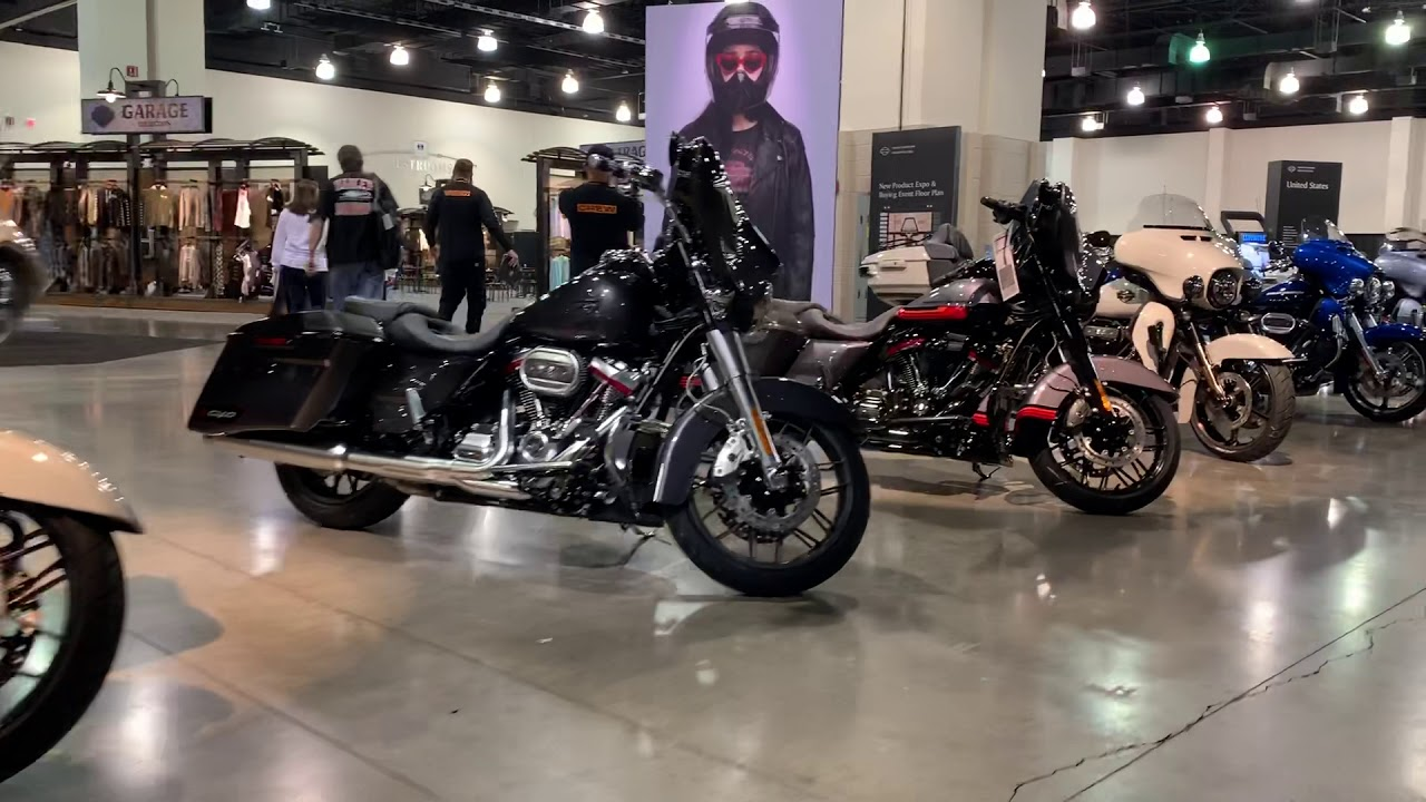 Milwaukee Auto Show 2020.All New Cvo 2020 In Milwaukee Harley Davidson