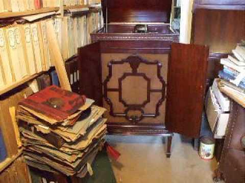 A Decca 77 Gramophone Concert of Classical/Monologue Records