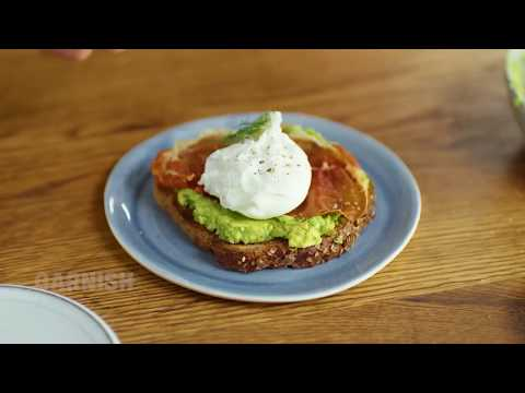 Avocado Toast With Poached Egg & Crispy Prosciutto
