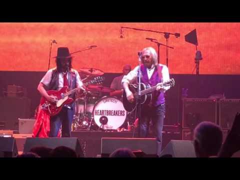 Tom Petty & The Heartbreakers at Verizon Little Rock, AR 4/23/2017
