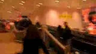 Partida dos Tokio Hotel Aeroporto de Lisboa (4.12.07)