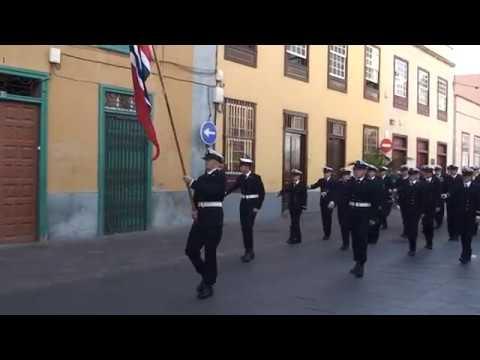 Marinos noruegos desfilan en La Calle de La Noria  SC de Tenerife  25.11.2007