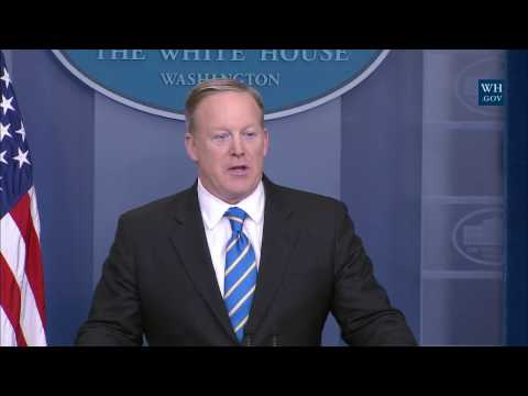1/24/17: White House Press Briefing