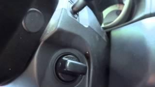 Зажигание в положении LOCK. Машина все еще работает электроникой и не закрывается(Mazda Axela/Mazda 3 2008 1.5 keyless problem., 2014-05-30T07:05:12.000Z)