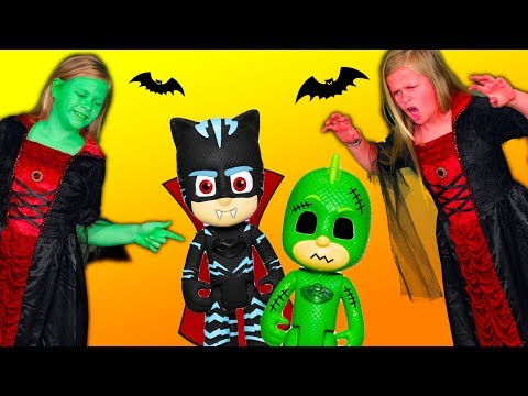 Vampirina  and PJ Masks Turns Assistant Green and Plays Spooky Scare N Seek