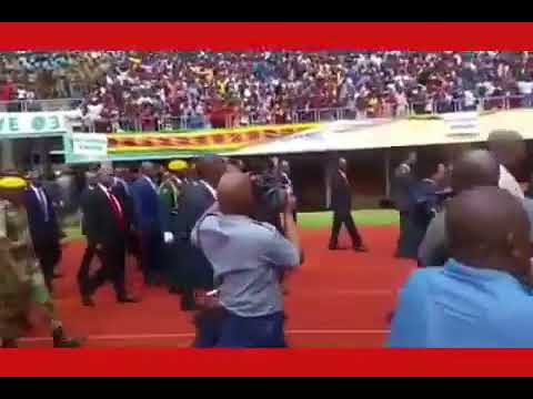 Chamisa receives loudest cheers at Zimbabwe's  38 years  Independence  celebration