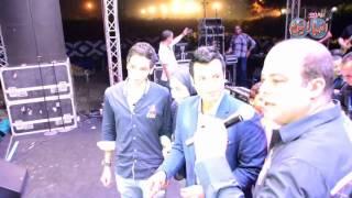 شريف باهر يفاجئ إيهاب توفيق بتورته على المسرح بمناسبة مرور 25 عاما من الغناء والالبوم الجديد