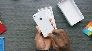 فتح صندوق أيفون iPhone 8