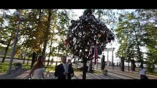 У дерева любви (свадебный клип) + Опрос