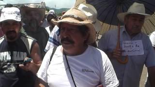 Cientos de campesinos de San Andrès Tuxtla afectados por bloqueo carretero