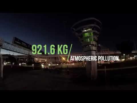 """Pollution : une société crée un """"arbre"""" innovant capable de purifier l'air et libérer de l'oxygène"""
