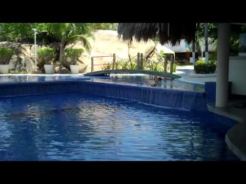 The Wife Tours Fiesta Americana Hotel - Acapulco, Mexico
