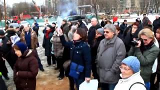 РПЦ незаконно строит храм на месте парка
