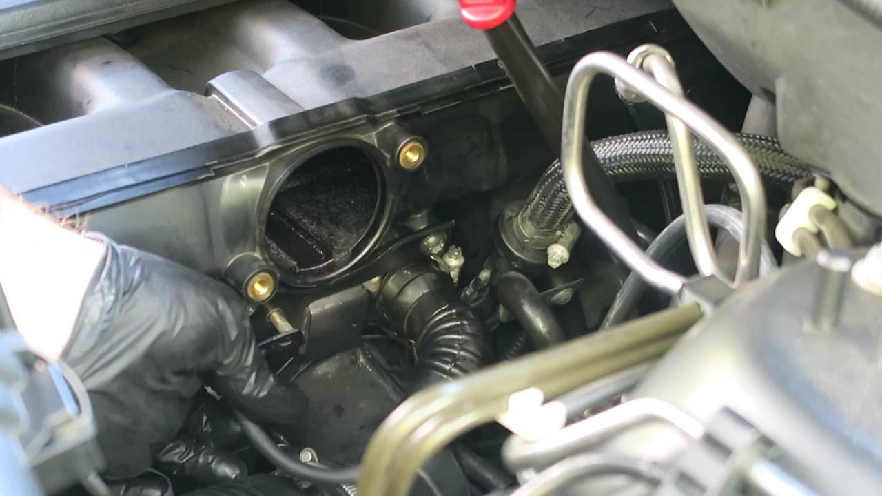 m54 idle control valve removal and cleaning e39 e46 e53 e85 [ 1280 x 720 Pixel ]