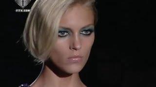 fashiontv | FTV.com - Anja Rubik Models S/S 09