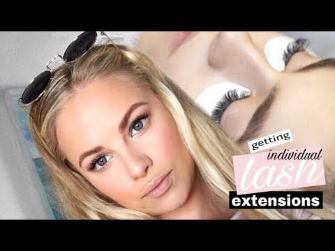 GETTING LASH EXTENSIONS | Jessica van Heerden