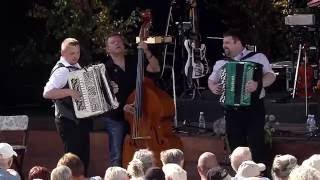 Kristian and Jens Peter   Wiggen   Sommersang i Mariehaven 2014