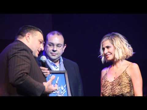 Anna Vissi accepts honorary award from CyBc, Sophia Foundation Concert  (6/12/2017) [fannatics.gr]