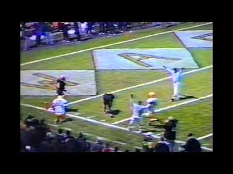 2002 OHSAA Football Playoffs: Cleveland St  Ignatius (7-3) @ Warren G  Harding (10-0)