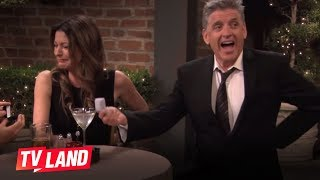 Hot in Cleveland Blooper: Craig Ferguson and Tim Daly Compare Sizes