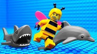 lego-bee-vs-shark
