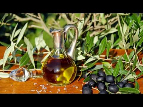 How Effective Is Olive Oil For Dandruff