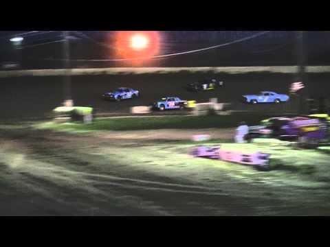 Kankakee County Speedway (5/20/11) UMP Street Stock Heat Race Recap