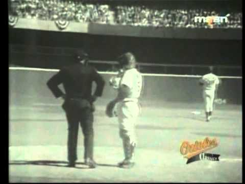 MLB  WS 1970  Game 1  Orioles vs  Reds