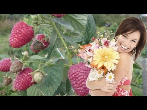 Какие песни про ягоды вы знаете?