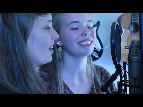 Shape Of You - Cover (Elise & Céline)