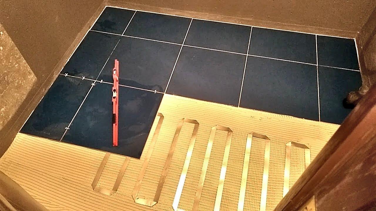 Укладка плитки на тёплый пол за 20 минут. Ремонт ванной комнаты. Часть 6