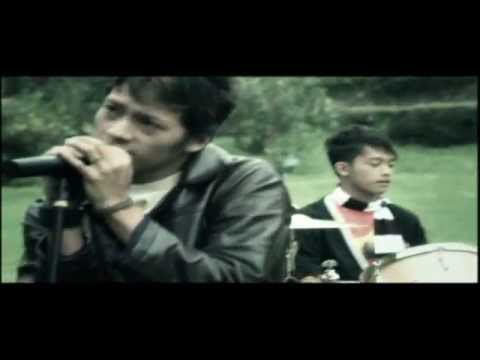 RIFADHIYAS PRODUCTION - JANGAN PERGI BY LAGUNA BAND ( OFFICIAL VIDEO CLIP )