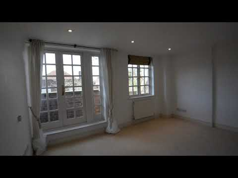 3 bed flat to rent in Maresfield Gardens, Hampstead, NW3, Hampstead | Benham and Reeves Lettings