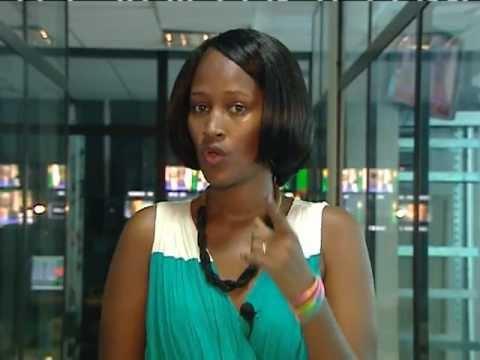 adama hawa diallo presentatrice d'emission a canal info neews senegal
