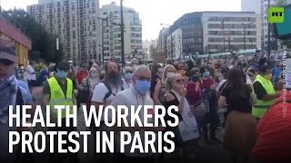 'Anger won't remain confined'   Paris health workers protest over working conditions