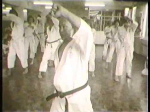 Mas Oyama (大山倍達). Old video kyokushin technics (1971)