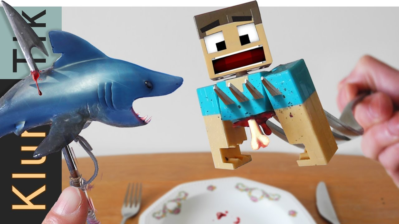 EATING MINECRAFT AND FORTNITE CHARACTERS