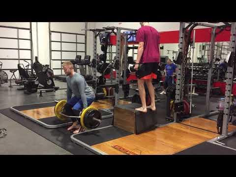 improve-your-vertical-jump-!!!-eccentric-isometrics-trap-bar-deadlift-squat-and-box-jump-series