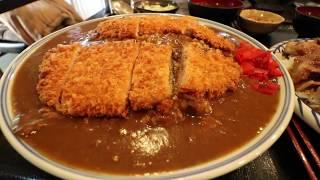 【大食い】伊東食堂 特大カツカレー&鳥羽の山丼【デカ盛り】 thumbnail