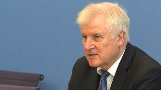 Seehofer will sich CSU-Basis auf Parteitag stellen