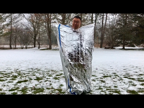"Mylar Aluminized Emergency First Aid Survival Sleeping Bag (84"" x 36"") review"