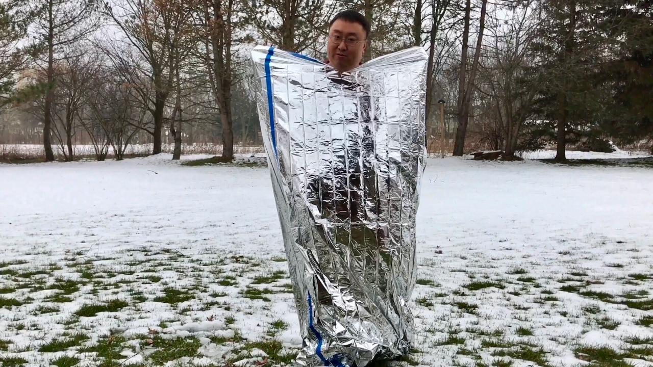"Emergency Survival Mylar Thermal Sleeping Bag 3 FT x 7 FT 36/""x84/"" 2 Sleeping"