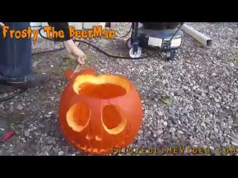 How To Correctly Clean Out Your Pumpkin !