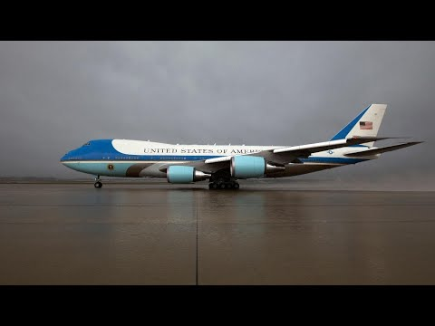 Live: Trump departs DC aboard Air Force One
