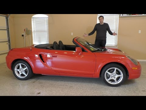 The Toyota MR2 Spyder Is the Sports Car You Forgot About
